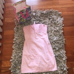 Size 2 worn few times lily pulitzer dress w/bag